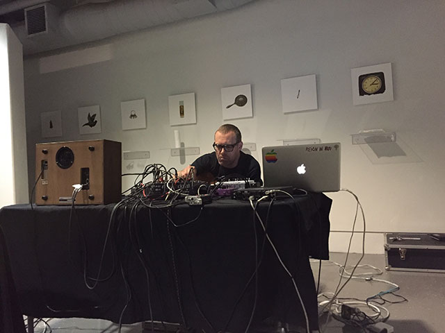 local avant garde musicians expose sounds at naked caf. Black Bedroom Furniture Sets. Home Design Ideas